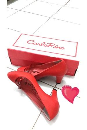 leather Carlo Rino heels
