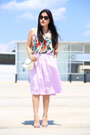 Zara necklace - vintage bag - Zara skirt - Zara sandals - H&M blouse