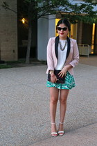 H&M blazer - DKNY bag - Zara shorts - Betsey Johnson sunglasses
