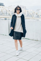 navy wool APC coat - eggshell turtleneck H&M sweater - black stowaway kara bag