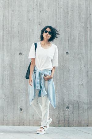 white smoke tee cyeoms t-shirt - light blue light indigo American Apparel jeans