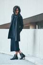 Black-zipper-zara-boots-navy-rib-knit-american-apparel-dress