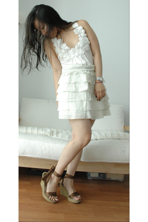 f21 top - Anthropologie skirt - Akira shoes