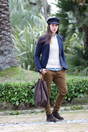 navy wool Zara jacket - dark brown suede Clarks shoes - navy wool vintage hat