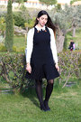 Black-wool-red-valentino-dress-white-leather-chanel-bag
