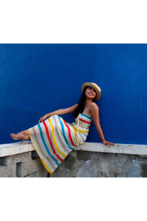 cocco dress - light yellow boater hat cocco hat - nude Mario Dboro heels