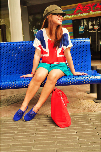 red union jack shirt - army green commie Goorin Bros hat - turquoise blue shorts