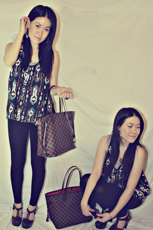 navy H&M top - black leggings - dark brown Forever 21 shoes - silver H&M earring