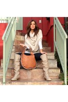 beige Bamboo boots - blue Dailylook jeans - neutral Lumiere sweater