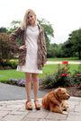 White-vintage-dress-green-212-jacket-beige-kork-ease-shoes