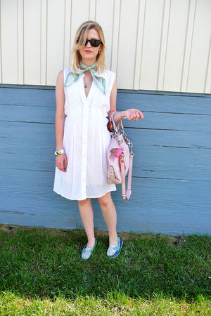 white unknown dress - pink coach accessories - blue Sperry Topsiders shoes - gre