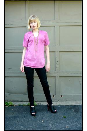 pink dyed Hanes shirt - black Report shoes - black zipper sides jeans