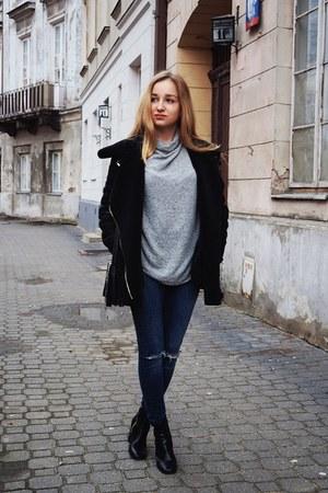 heather gray Stradivarius sweater