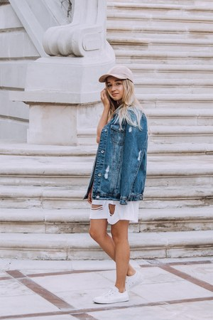 white flats - off white dress - beige hat - navy jacket