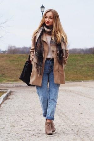 beige Bershka coat