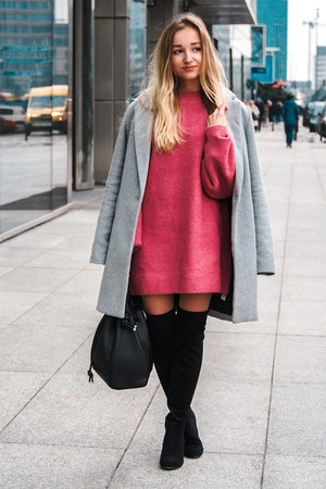 hot pink H&M sweater - heather gray Bershka coat
