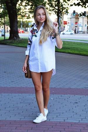 off white shirt shirt