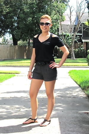 black Forever21 top - gray Forever21 shorts - black Forever21 belt - Occasions b