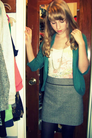 Frenchi sweater - Forever 21 top - old navy thrifted skirt - American Eagle neck