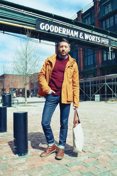 navy Levis jeans - burnt orange Fred Perry boots - light orange H&M jacket