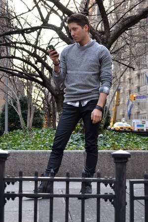 black H&M pants - black Candies boots - heather gray H&M sweater
