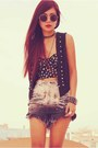 Charcoal-gray-vintage-shorts-black-forever-21-top-black-vintage-vest