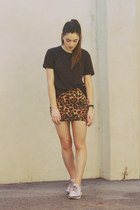 navy striped t by alexander wang t-shirt - orange leopard print SUPRÉ skirt
