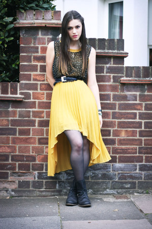 mustard Japonica dress - black leather lace up Jonak boots - navy Oh My Love top