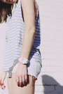 Periwinkle-stripe-scanlan-and-theodore-top-white-denim-dkny-shorts