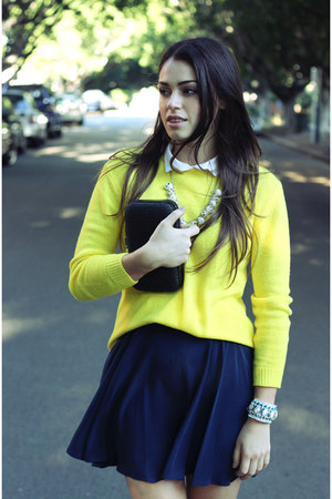 yellow Aro sweater - black Mimco purse - white swellery necklace