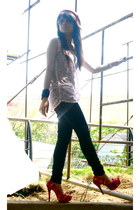 Asian Vogue shoes - Lee jeans - fedora SM deptstore hat - tank Terranova top - s