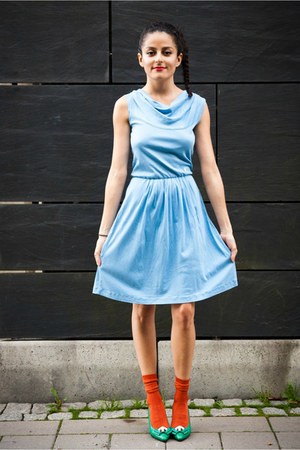 light blue eOvu vintage dress - aquamarine eOvu vintage heels