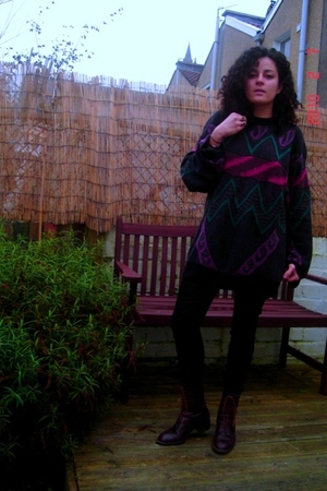 brown Raffaele Venturini shoes - black Generra sweater