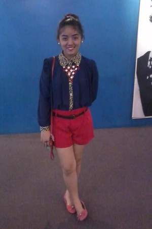 girl shopped ring - Red shorts - Tomato flats - Marc Jacobs necklace