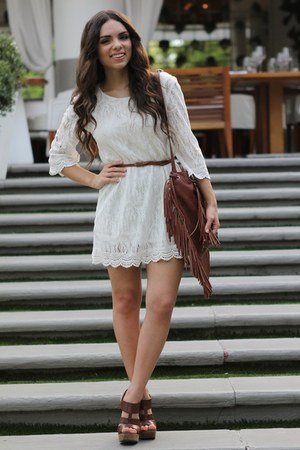 white lace H&M dress - brown fringe Mimi Boutique bag - brown mia shoes heels