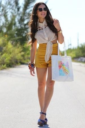 mustard romwe shorts - white 2020AVE shirt - white INVERTED COMMAS bag