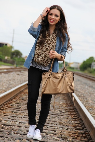 bronze Mimi Boutique bag - blue Forever 21 shirt - black Forever 21 pants