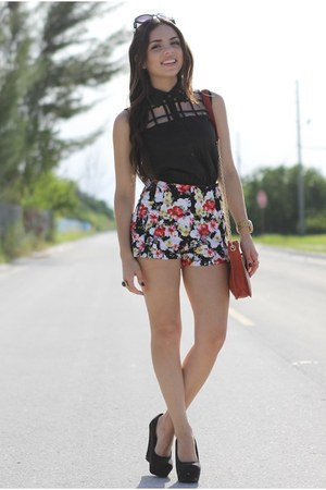 brick red baghaus bag - ruby red floral romwe shorts