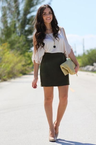 cream sienna ray bag - ivory Bebe top - green vintage skirt