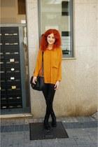 Primark boots - Primark leggings - Bershka shirt - Parfois bag