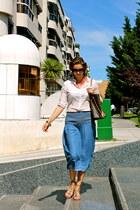 Mango skirt - Stradivarius shirt - Louis Vuitton bag - Prada sunglasses