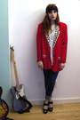 Blue-bdg-jeans-red-vintage-blazer-white-shirt-black-suede-deena-ozzy-wed