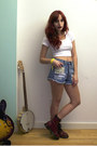 Crimson-dr-martens-boots-blue-denim-minkpink-shorts-white-cropped-american-a