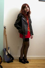 Black-leather-vintage-jacket-red-cutoff-vintage-shirt-black-biker-american-a