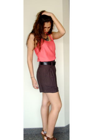pink Target top - brown Forever 21 shorts