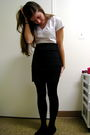 White-t-shirt-black-divided-skirt-black-dkny-stockings-black-american-eagl