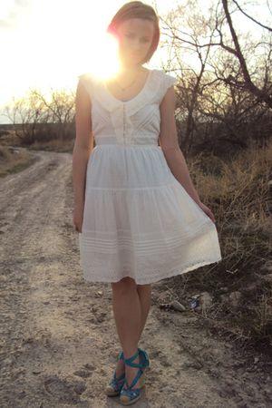 white delias dress - blue BKE top - blue Betsey Johnson shoes - blue lia sophia