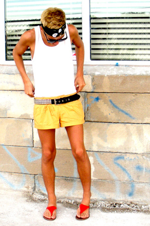 Bright Sandals & Shorts