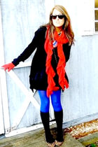 red scarf - black socks - black Forever 21 skirt - blue tights - black t-shirt -