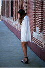 White-cape-nasty-gal-dress-black-tilda-jeffrey-campbell-pumps